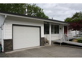 "Main Photo: 2274 ORCHARD Drive in Abbotsford: Abbotsford East House for sale in ""McMillan"" : MLS(r) # F1440071"