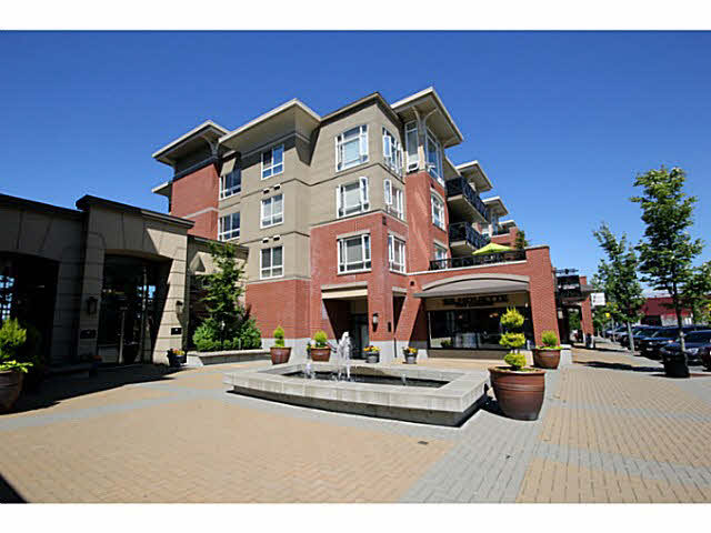 "Main Photo: 111 2970 KING GEORGE Boulevard in Surrey: Elgin Chantrell Condo for sale in ""WATERMARK"" (South Surrey White Rock)  : MLS®# F1445971"