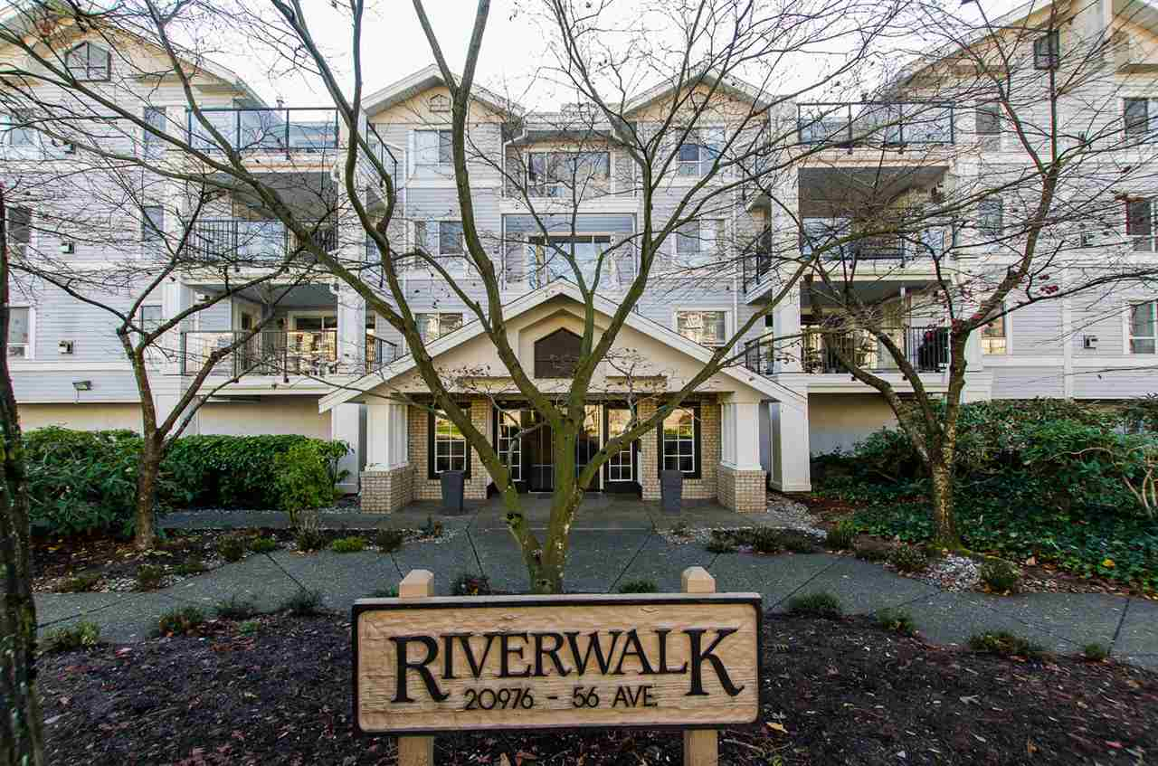 "Main Photo: 114 20976 56 Avenue in Langley: Langley City Condo for sale in ""RIVER WALK"" : MLS® # R2016796"