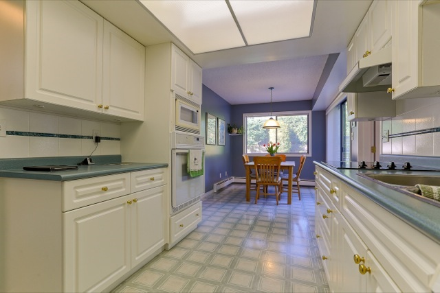 "Photo 9: 943 50B Street in Delta: Tsawwassen Central House for sale in ""TSAWWASSEN CENTRAL"" (Tsawwassen)  : MLS® # R2046777"