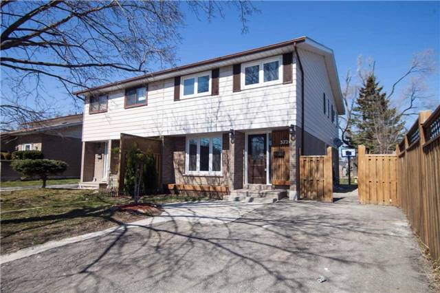 Main Photo: 3726 Ellengale Drive in Mississauga: Erindale House (2-Storey) for sale : MLS(r) # W3468303