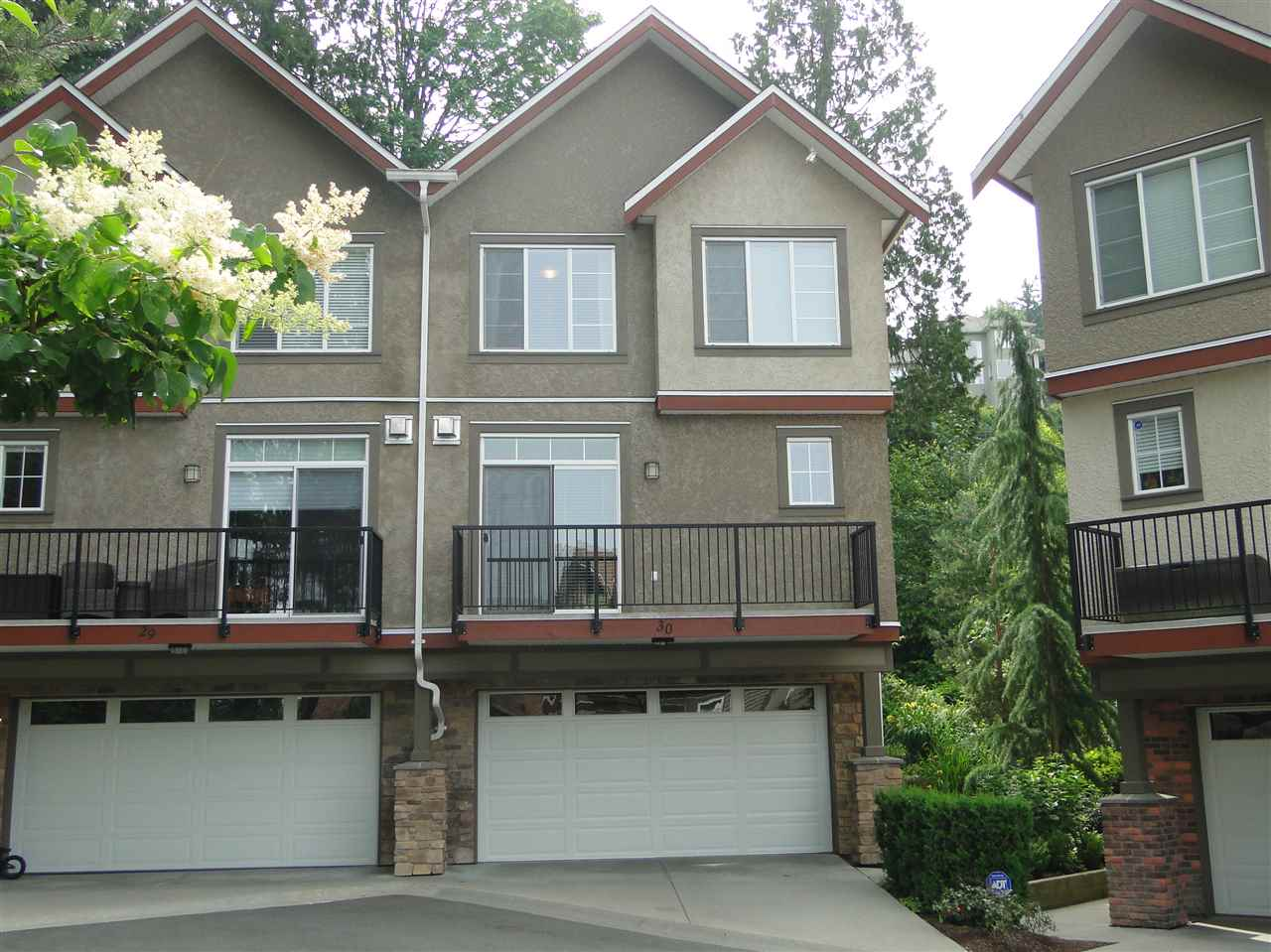 "Main Photo: 30 35626 MCKEE Road in Abbotsford: Abbotsford East Townhouse for sale in ""Ledgeview Villas"" : MLS® # R2075472"