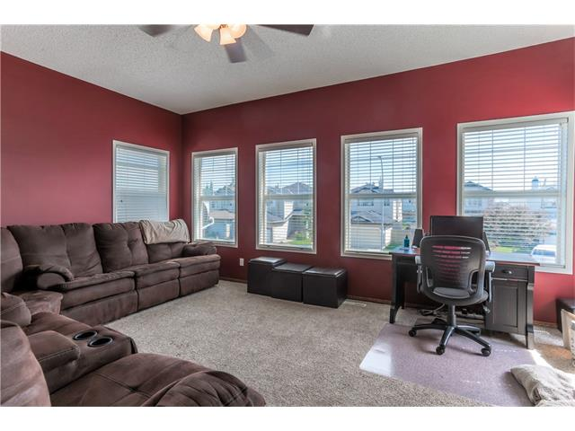 Photo 6: 52 CHAPALINA Manor SE in Calgary: Chaparral House for sale : MLS(r) # C4071989