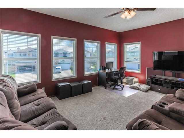 Photo 7: 52 CHAPALINA Manor SE in Calgary: Chaparral House for sale : MLS® # C4071989