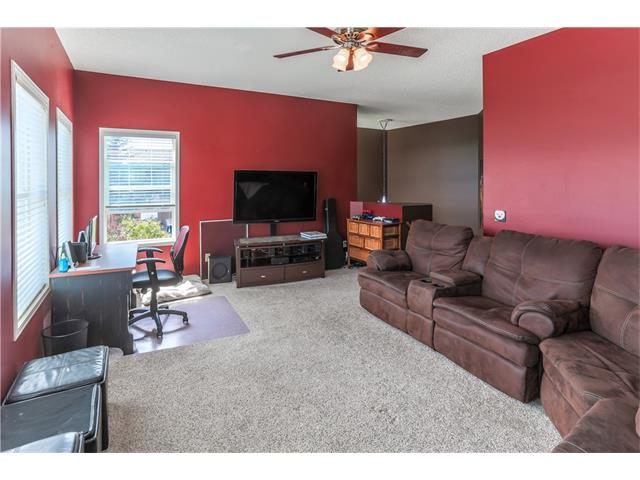 Photo 9: 52 CHAPALINA Manor SE in Calgary: Chaparral House for sale : MLS® # C4071989