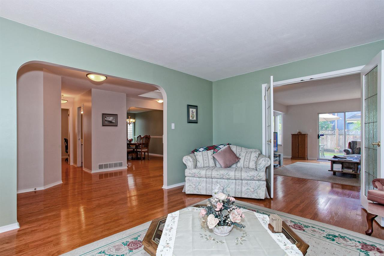 "Photo 3: 6325 HOLLY PARK Drive in Delta: Holly House for sale in ""HOLLY PARK"" (Ladner)  : MLS(r) # R2101161"
