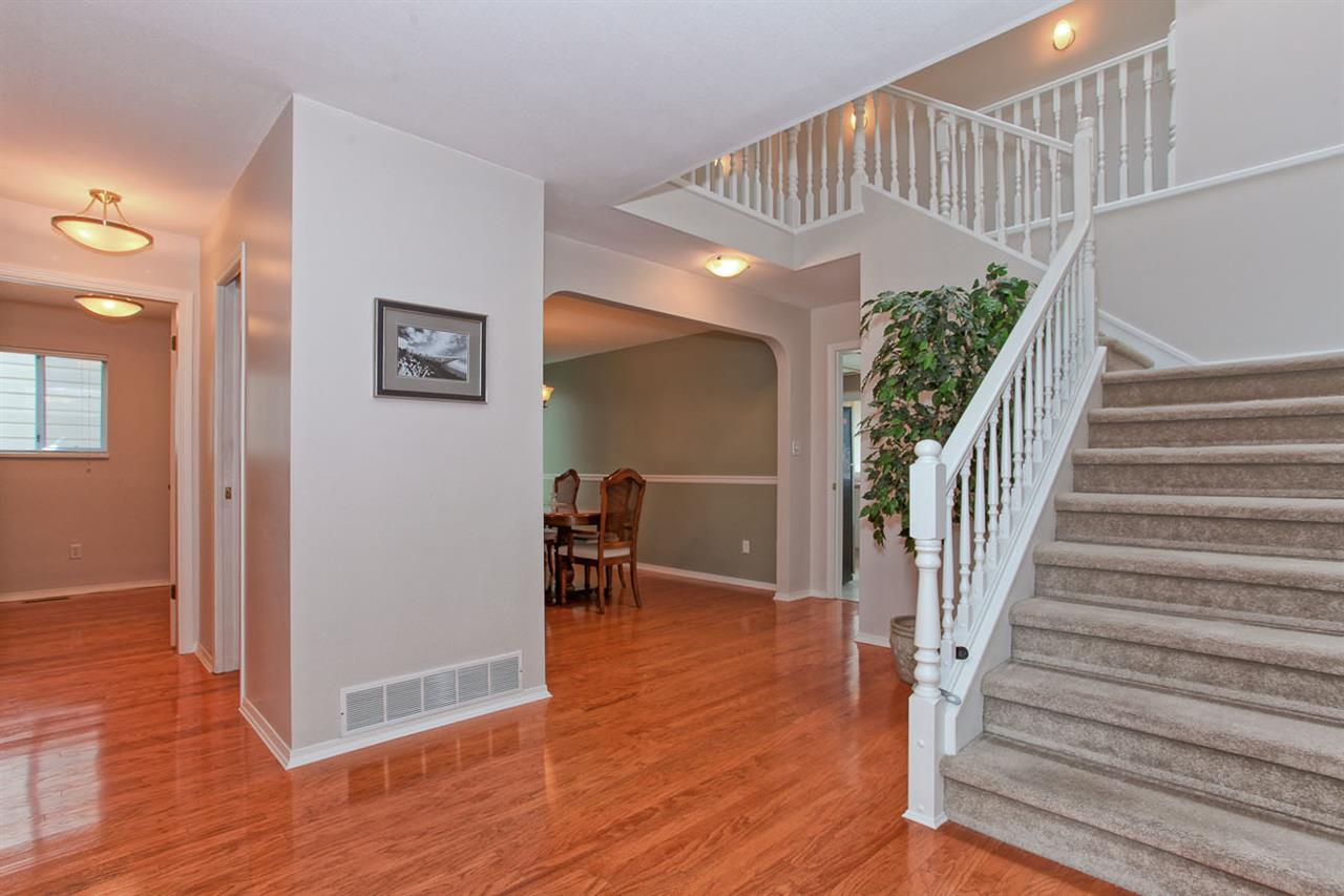 "Photo 2: 6325 HOLLY PARK Drive in Delta: Holly House for sale in ""HOLLY PARK"" (Ladner)  : MLS(r) # R2101161"