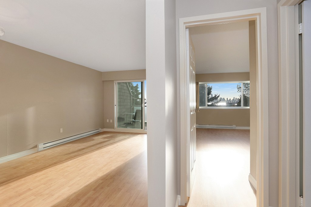 "Photo 11: 109 212 FORBES Avenue in North Vancouver: Lower Lonsdale Condo for sale in ""Forbes Manor"" : MLS(r) # R2121714"