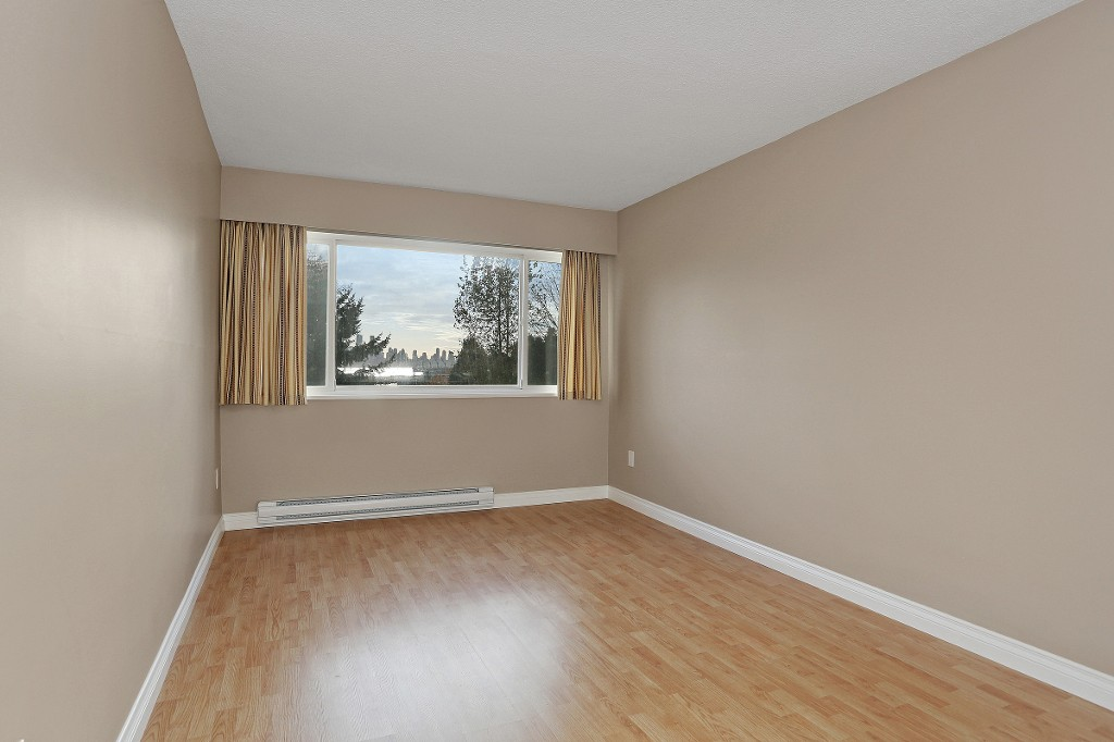 "Photo 10: 109 212 FORBES Avenue in North Vancouver: Lower Lonsdale Condo for sale in ""Forbes Manor"" : MLS(r) # R2121714"