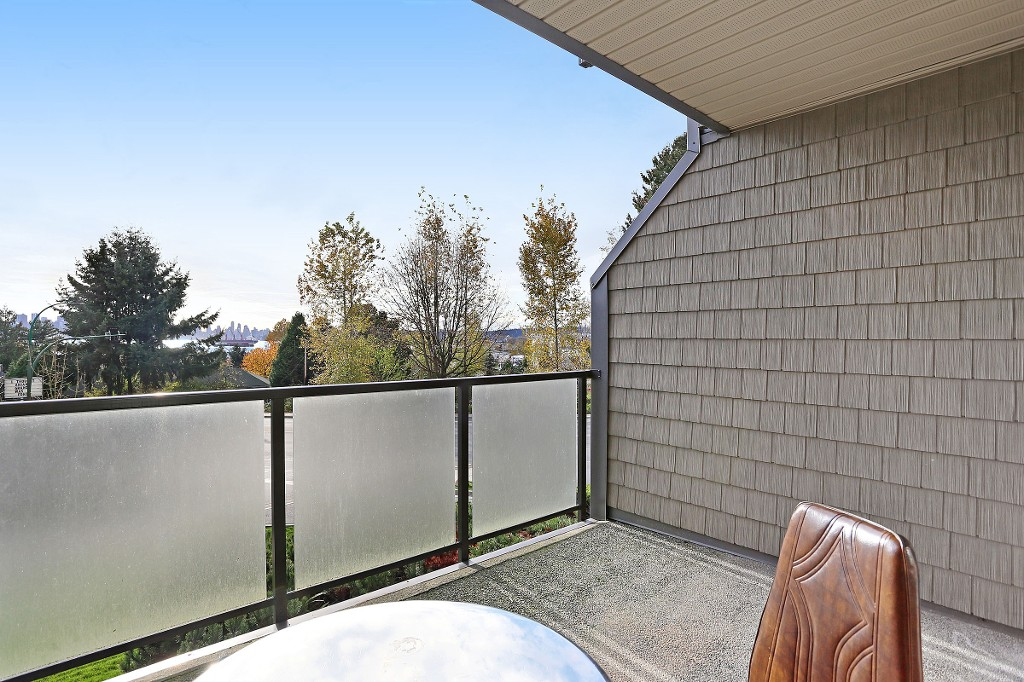 "Photo 7: 109 212 FORBES Avenue in North Vancouver: Lower Lonsdale Condo for sale in ""Forbes Manor"" : MLS(r) # R2121714"