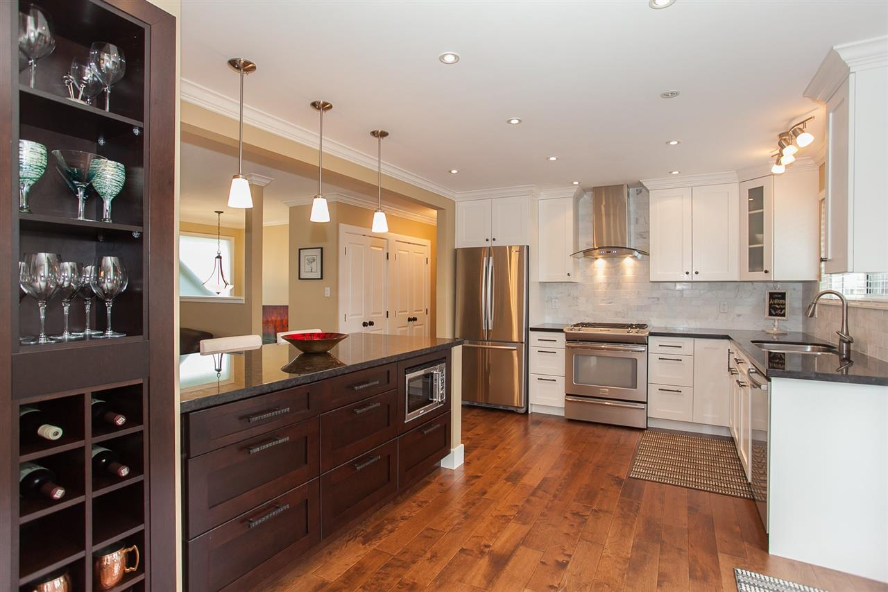 Photo 6: 730 TOWNLEY Street in Coquitlam: Coquitlam West House for sale : MLS(r) # R2136299
