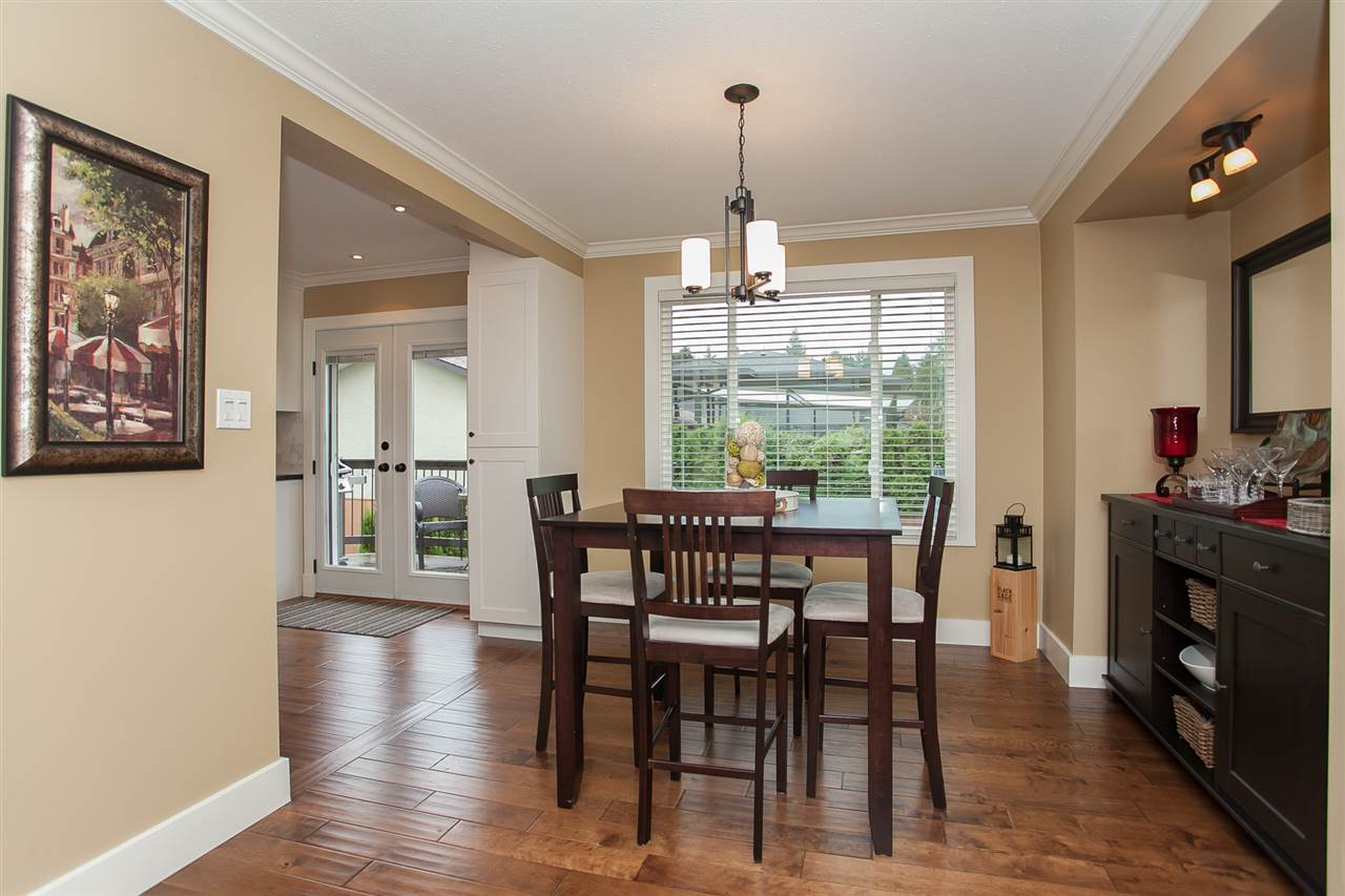 Photo 11: 730 TOWNLEY Street in Coquitlam: Coquitlam West House for sale : MLS(r) # R2136299