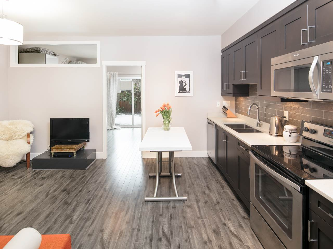"Photo 7: 110 2273 TRIUMPH Street in Vancouver: Hastings Townhouse for sale in ""Triumph"" (Vancouver East)  : MLS(r) # R2138371"