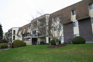 "Main Photo: 102 2821 TIMS Street in Abbotsford: Abbotsford West Condo for sale in ""Parkview Place"" : MLS(r) # R2147601"
