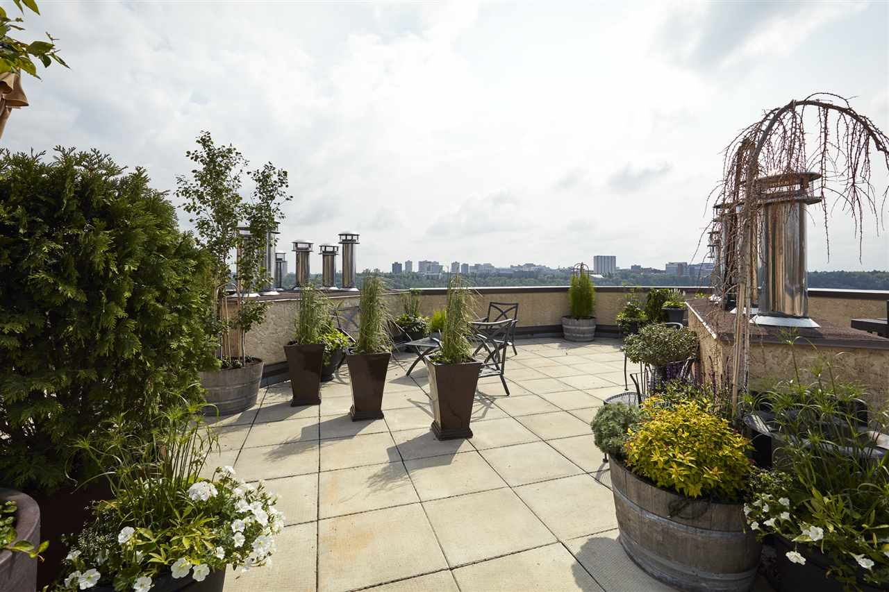 Roof Top Patio