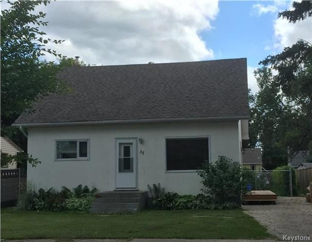 Main Photo: 35 Kirby Avenue West in Dauphin: R30 Residential for sale (R30 - Dauphin and Area)  : MLS® # 1720081
