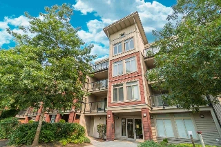 Main Photo: 309 15385 101A Avenue in Surrey: Guildford Condo for sale (North Surrey)  : MLS® # R2192619