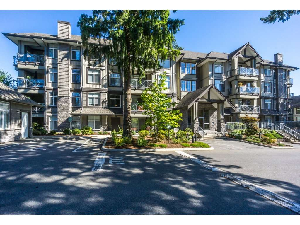 "Main Photo: 207 33338 E BOURQUIN Crescent in Abbotsford: Central Abbotsford Condo for sale in ""Nature's Gate"" : MLS® # R2209445"