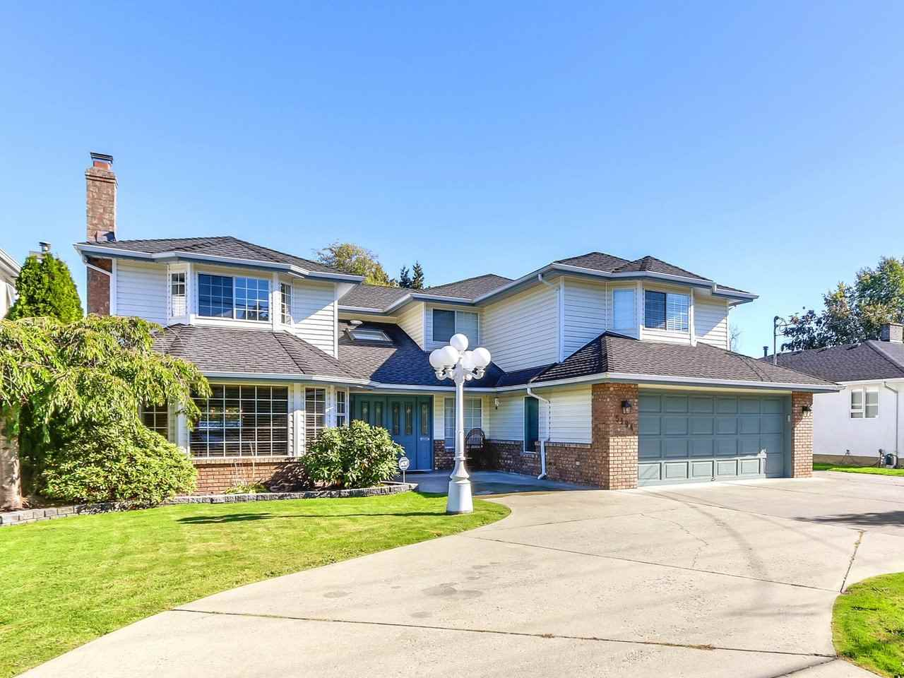 Main Photo: 5194 57 Street in Delta: Hawthorne House for sale (Ladner)  : MLS® # R2211513