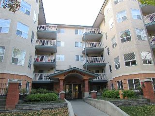 Main Photo:  in Edmonton: Zone 12 Condo for sale : MLS® # E4084968