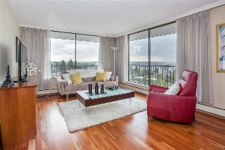 "Main Photo: 701 540 LONSDALE Avenue in North Vancouver: Lower Lonsdale Condo for sale in ""Grosvenor"" : MLS® # R2213822"