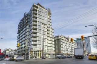 "Main Photo: 1404 89 W 2ND Avenue in Vancouver: False Creek Condo for sale in ""Pinnacle Living False Creek"" (Vancouver West)  : MLS® # R2224818"