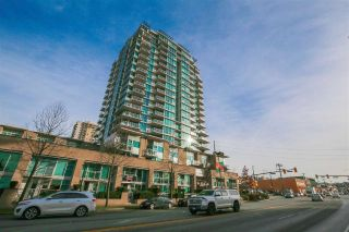 "Main Photo: 302 188 E ESPLANADE Avenue in North Vancouver: Lower Lonsdale Condo for sale in ""ESPLANADE AT THE PIER"" : MLS® # R2225177"