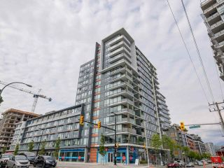 "Main Photo: 315 1783 MANITOBA Street in Vancouver: False Creek Condo for sale in ""RESIDENCES AT WEST"" (Vancouver West)  : MLS® # R2226250"