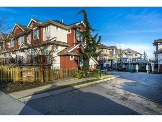 "Main Photo: 50 6956 193 Street in Surrey: Clayton Townhouse for sale in ""The Edge"" (Cloverdale)  : MLS® # R2232351"