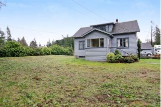Main Photo: 33582 DEWDNEY TRUNK Road in Mission: Mission BC House for sale : MLS® # R2236936