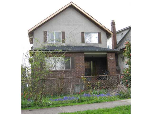Main Photo: 762 E 10TH Avenue in Vancouver: Mount Pleasant VE House for sale (Vancouver East)  : MLS® # V885759