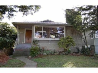 Main Photo: 3528 W 17th Avenue in Vancouver: House for sale