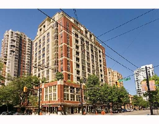 Main Photo: 811 819 HAMILTON Street in Vancouver: Downtown VW Condo for sale (Vancouver West)  : MLS(r) # V747715