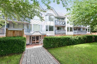 "Main Photo: 108 315 E 3RD Street in North Vancouver: Lower Lonsdale Condo for sale in ""DUNBARTON MANOR"" : MLS® # R2083441"