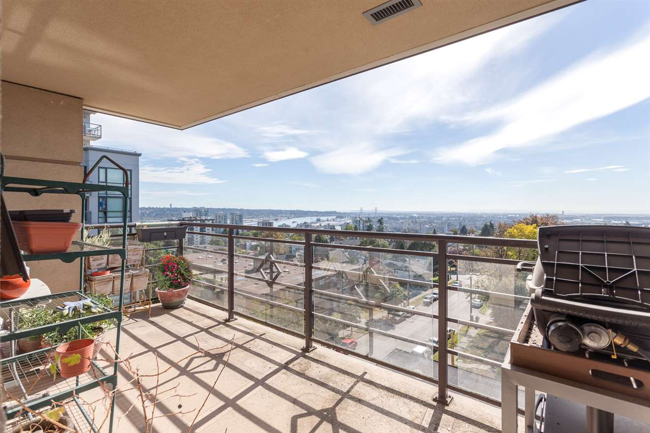 "Photo 11: 605 306 SIXTH Street in New Westminster: Uptown NW Condo for sale in ""AMADEO"" : MLS® # R2107731"
