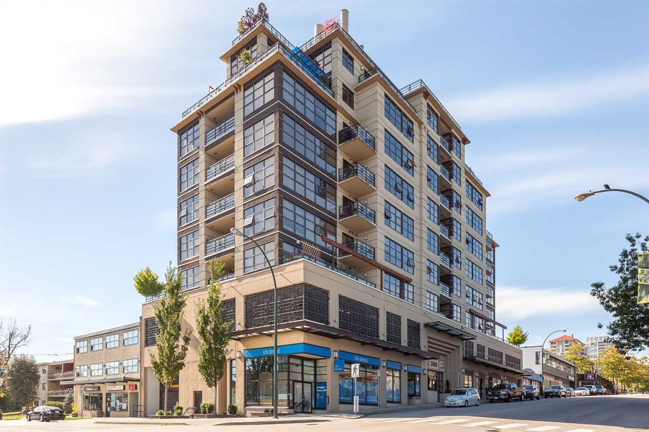 "Photo 2: 605 306 SIXTH Street in New Westminster: Uptown NW Condo for sale in ""AMADEO"" : MLS® # R2107731"
