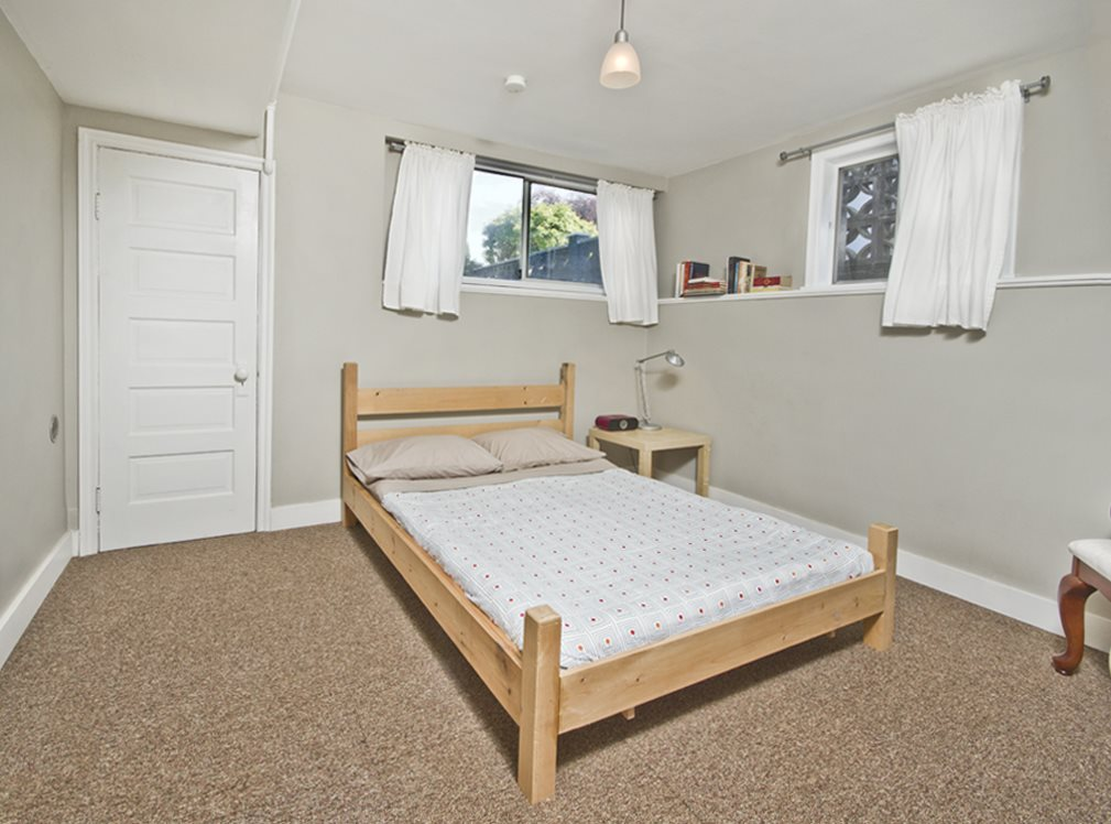 Photo 12: 1125 NOOTKA Street in Vancouver: Renfrew VE House for sale (Vancouver East)  : MLS(r) # R2110610