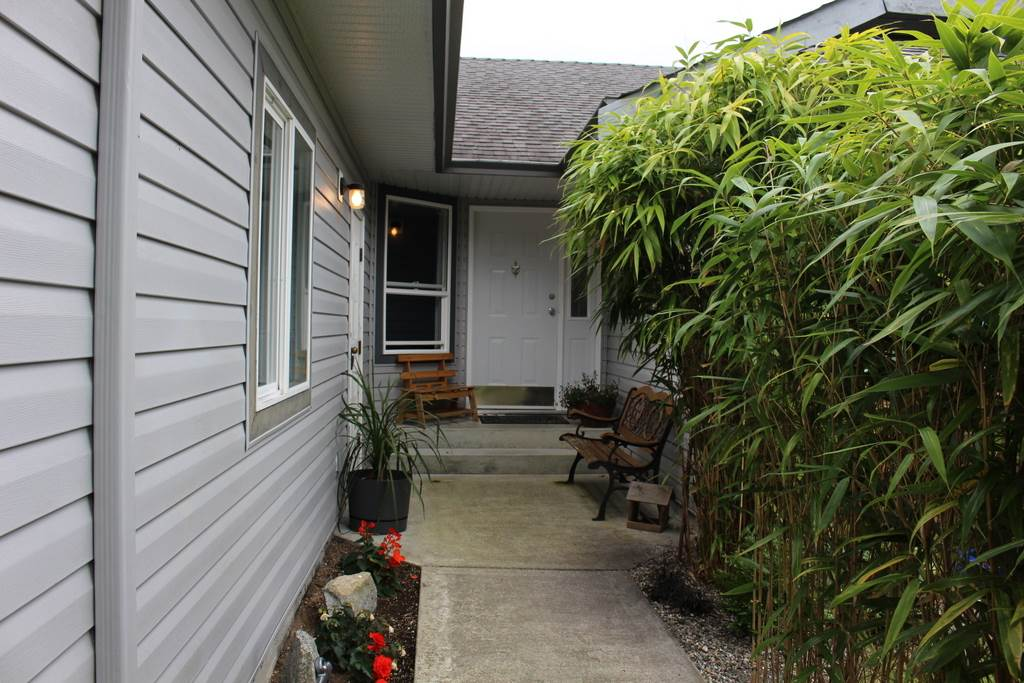 Photo 2: Photos: 5906 TURNSTONE Crescent in Sechelt: Sechelt District House for sale (Sunshine Coast)  : MLS®# R2114465