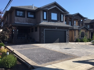 Main Photo:  in Edmonton: Zone 27 House for sale : MLS® # E4049646