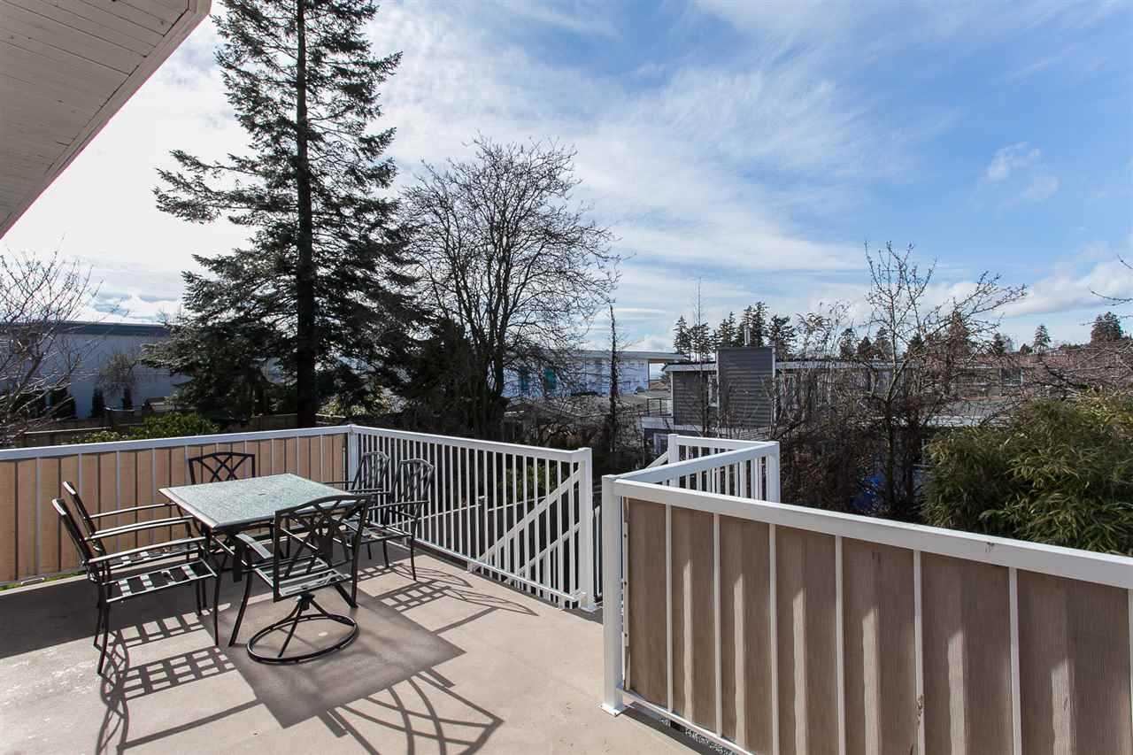 Main Photo: 845 STEVENS Street: White Rock House for sale (South Surrey White Rock)  : MLS® # R2145657
