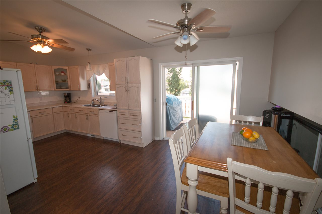 Photo 11: 424 Grandin Drive: Morinville House for sale : MLS(r) # E4054737