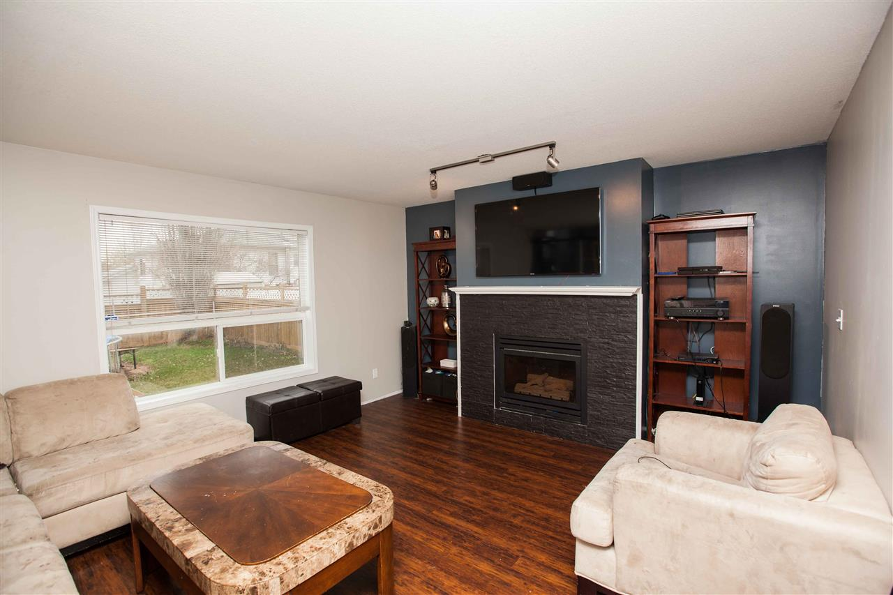 Photo 13: 424 Grandin Drive: Morinville House for sale : MLS(r) # E4054737