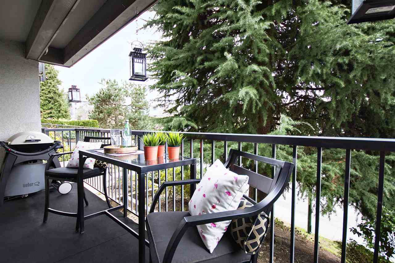 "Photo 9: 202 2120 W 2ND Avenue in Vancouver: Kitsilano Condo for sale in ""ARBUTUS PLACE"" (Vancouver West)  : MLS(r) # R2149940"