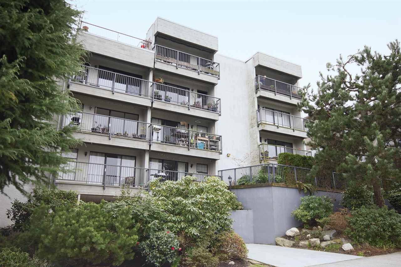 "Photo 20: 202 2120 W 2ND Avenue in Vancouver: Kitsilano Condo for sale in ""ARBUTUS PLACE"" (Vancouver West)  : MLS(r) # R2149940"