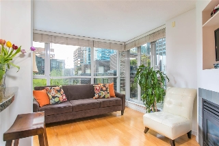 "Main Photo: 607 1068 HORNBY Street in Vancouver: Downtown VW Condo for sale in ""The Canadian"" (Vancouver West)  : MLS(r) # R2158514"
