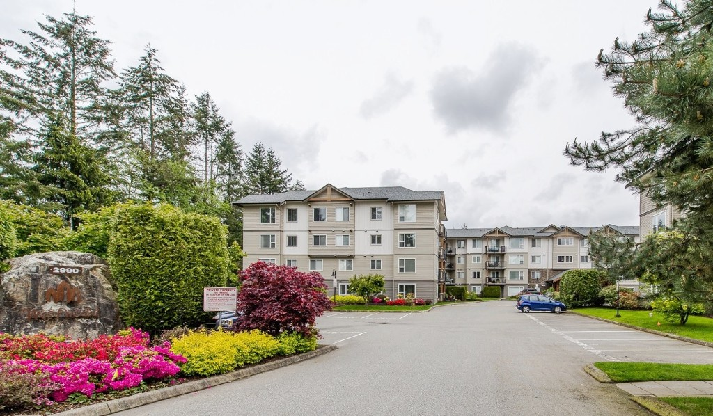 "Main Photo: 416 2990 BOULDER Street in Abbotsford: Abbotsford West Condo for sale in ""WESTWOOD"" : MLS® # R2167496"