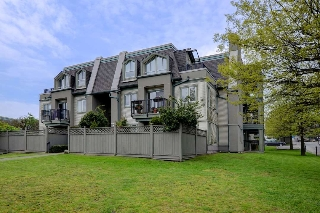 "Main Photo: 125 217 BEGIN Street in Coquitlam: Maillardville Townhouse for sale in ""PLACE FONTAINE BLEU"" : MLS(r) # R2169166"