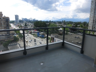 Main Photo: 1201 7225 ACORN Avenue in Burnaby: Highgate Condo for sale (Burnaby South)  : MLS(r) # R2177492