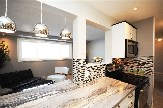 Main Photo: 106 10155 151 Street in Edmonton: Zone 21 Condo for sale : MLS® # E4071237