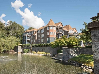 "Main Photo: 213 1200 EASTWOOD Street in Coquitlam: North Coquitlam Condo for sale in ""Lakeside Terrace"" : MLS® # R2205638"